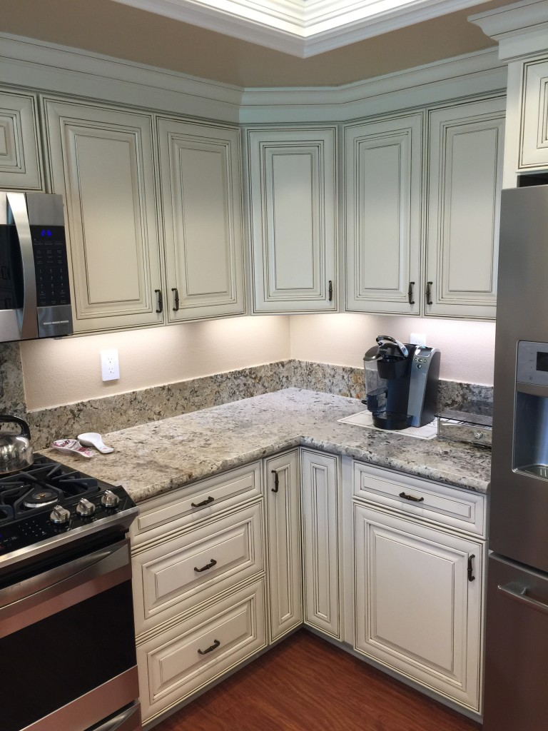 custom cabinets make best use of kitchen space